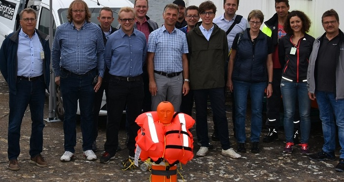 Multi-Band Antennas for Ship Radars Improve Sea Rescue Services
